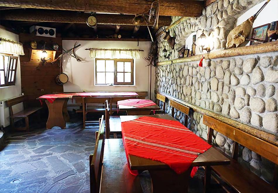 Януари - Март в Банско! 1 нощувка в самостоятелна къща за 18 човека + механа от Къща за гости Клечерова, снимка 5