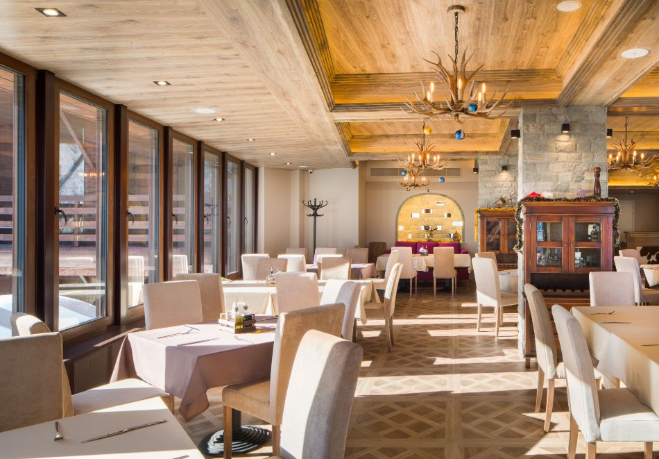 Нощувка със закуска за двама + СПА зона от хотел Морени****, Витоша, снимка 15