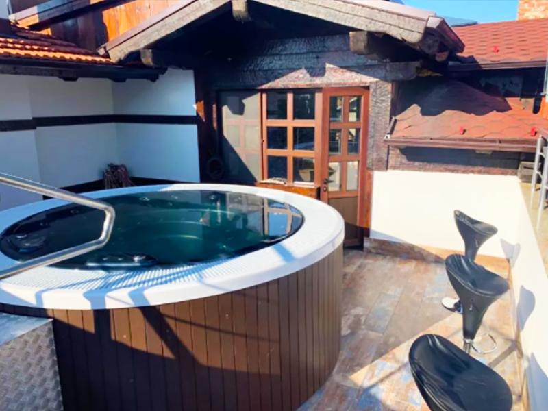 Нощувка на човек със закуска + минерален басейн и релакс пакет в Македонска кръчма хотел и механа, Добринище, снимка 7