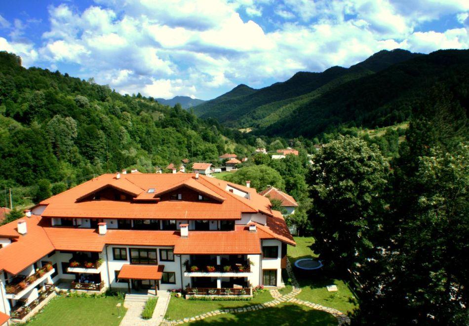 Хоум офис в хотел Планината, Рибарица! 15 нощувки на човек + басейн и релакс зона, снимка 13