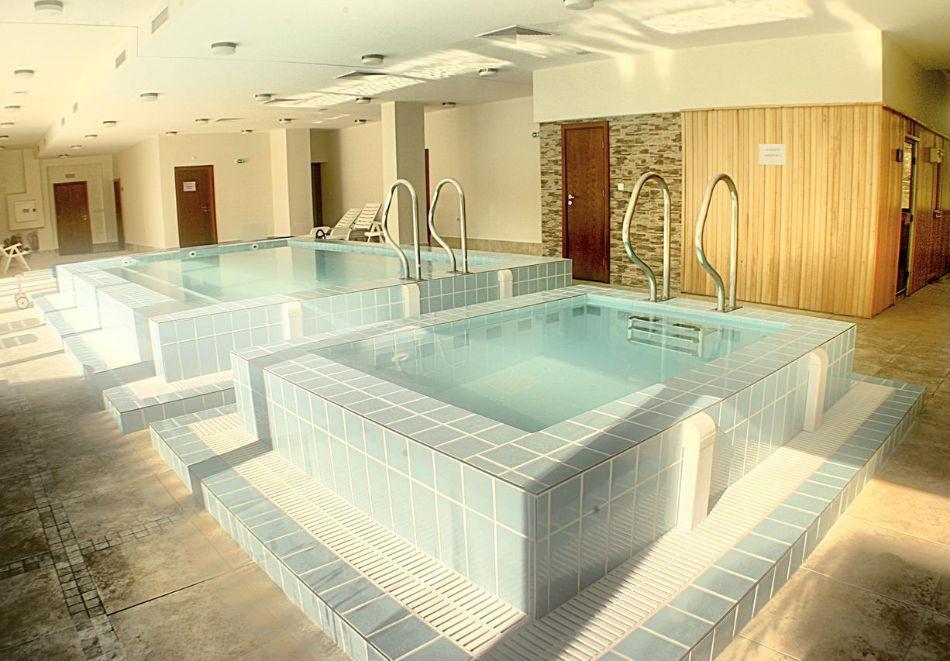 Хоум офис в хотел Планината, Рибарица! 15 нощувки на човек + басейн и релакс зона, снимка 5
