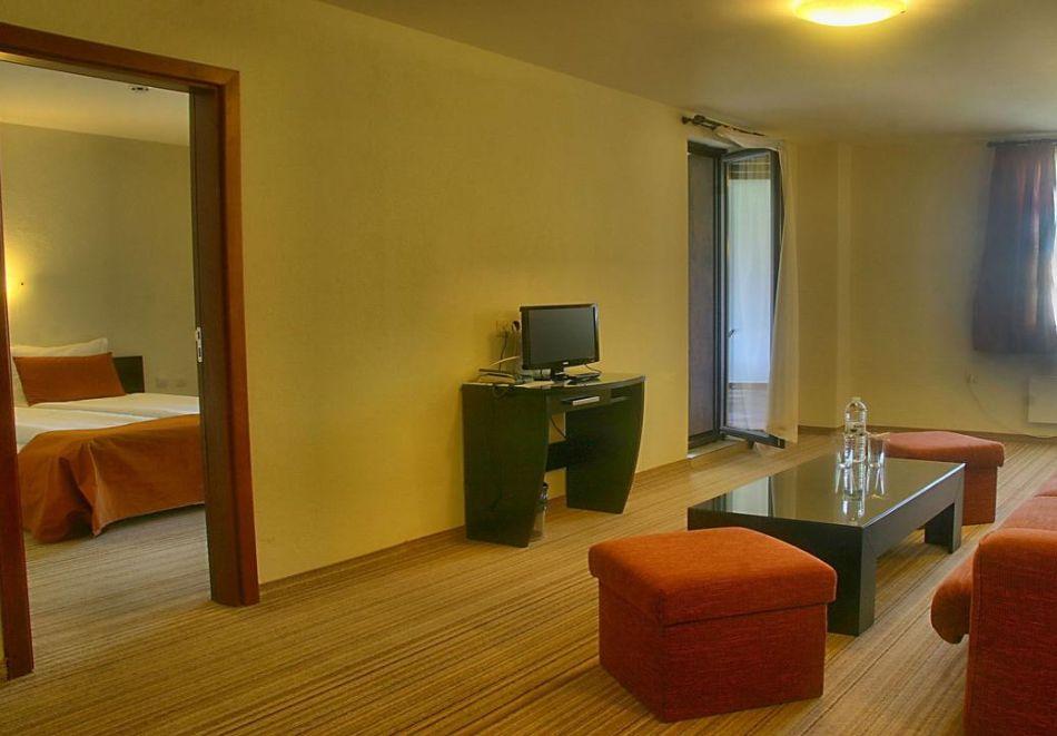 Хоум офис в хотел Планината, Рибарица! 15 нощувки на човек + басейн и релакс зона, снимка 9