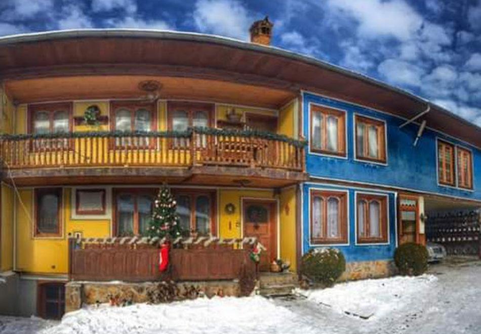 Семеен хотел Рай, Копривщица