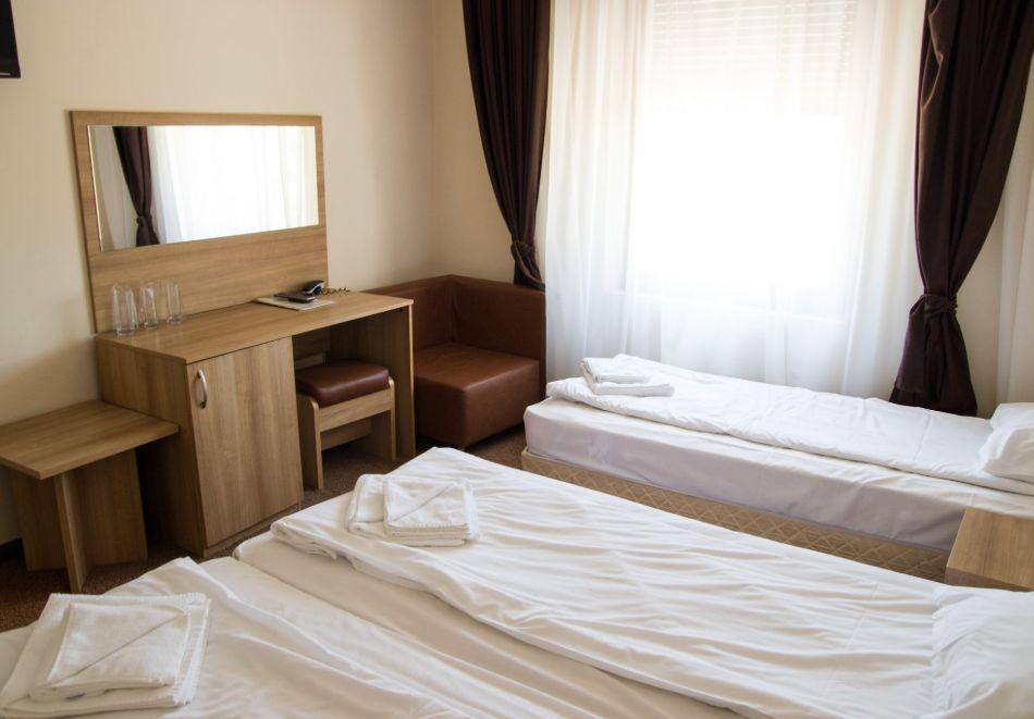 Хотел Лиани, Ловеч, снимка 3