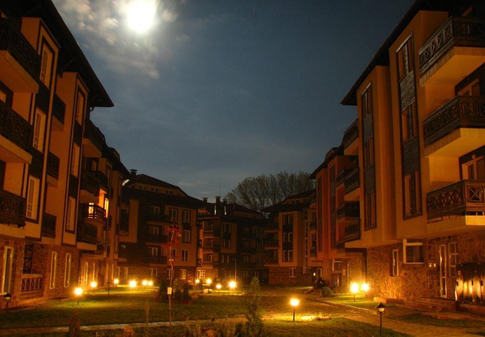 Нощувка на човек + басейн и релакс зона в апарт хотел Божурленд, Банско, снимка 3