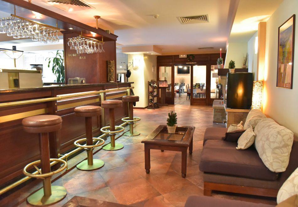 Нощувка на човек + басейн и релакс зона в апарт хотел Божурленд, Банско, снимка 24