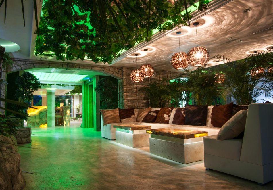 Нощувка на човек в хотел Хармони Суитс 2, 3, Джънгъл + басейн и релакс зона в Хармони Суитс Монте Карло, Слънчев бряг, снимка 14