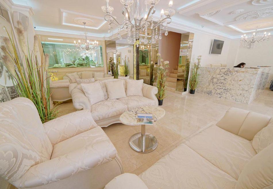 Нощувка в апартамент за двама с две деца или трима в хотел Хармони Суитс Дрийм Айлънд, Слънчев бряг, снимка 9