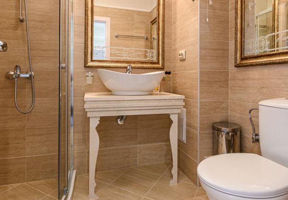 Нощувка в апартамент за двама с две деца или трима в хотел Хармони Суитс 10, Свети Влас, снимка 8