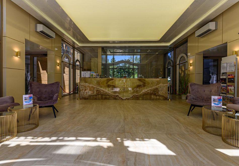 Нощувка на човек + басейн и релакс зона в хотел Хармони Суитс Гранд Ризорт 11, 12, Слънчев бряг, снимка 19