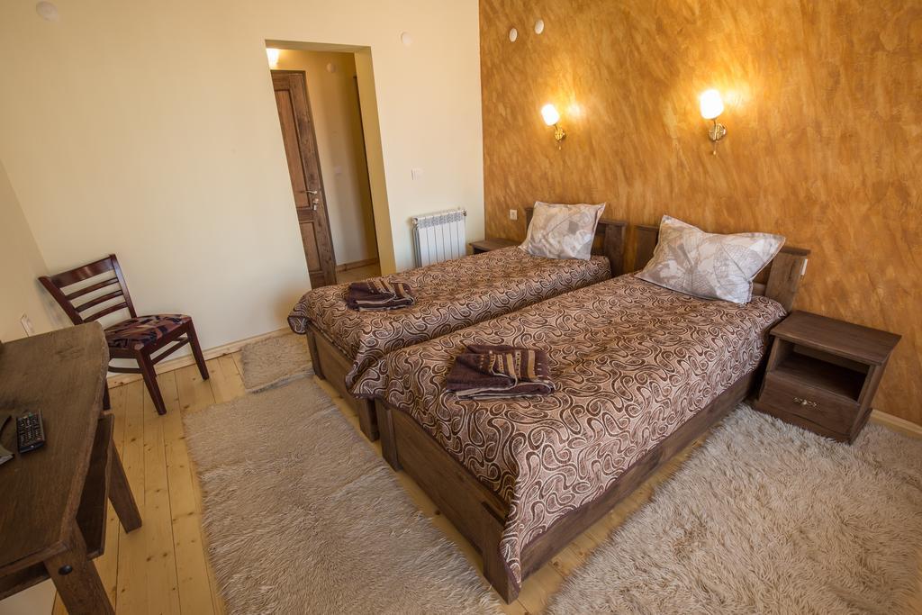 Нощувка до 5 човека в самостоятелна къща от Комплекс Рупчини къщи, Банско, снимка 10
