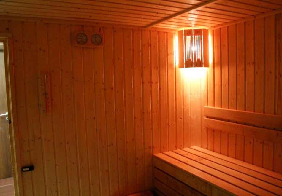 1, 2 или 3 нощувки на човек със закуски и вечери + сауна в Боровец Грийн хотел****, снимка 3