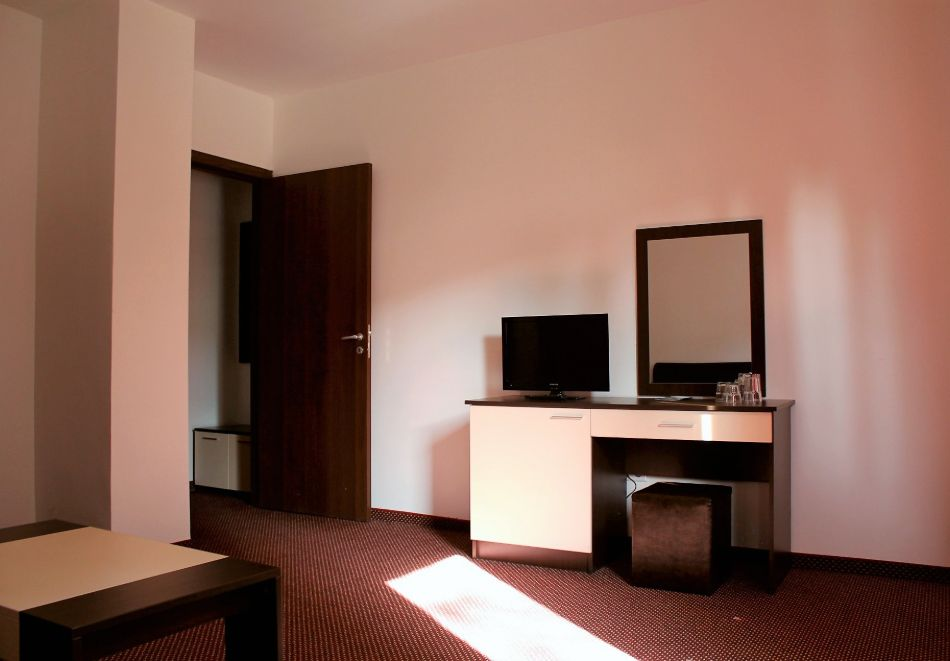 1, 2 или 3 нощувки на човек със закуски и вечери + сауна в Боровец Грийн хотел****, снимка 6