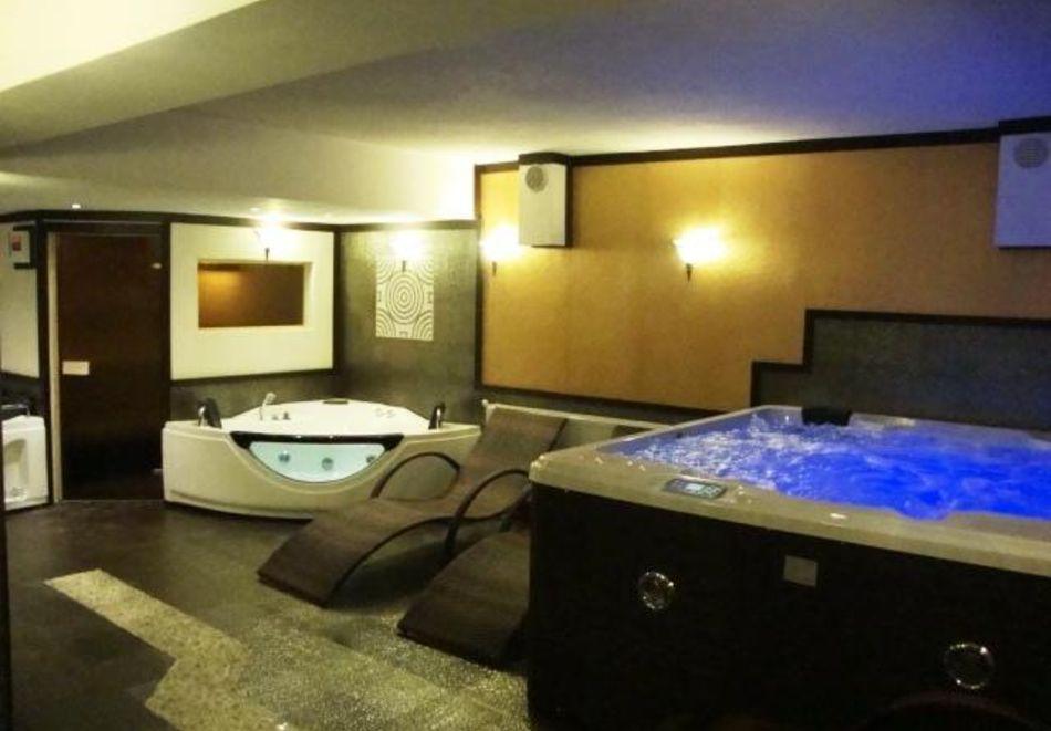 Нощувка на човек със закуска + басейн и релакс зона в РЕНОВИРАНИЯ хотел Виа Лакус, Сапарева баня!, снимка 6