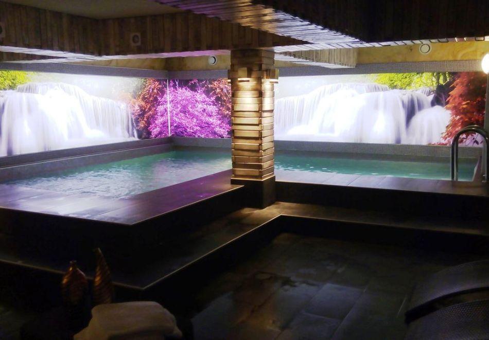 Нощувка на човек със закуска + басейн и релакс зона в РЕНОВИРАНИЯ хотел Виа Лакус, Сапарева баня!, снимка 3