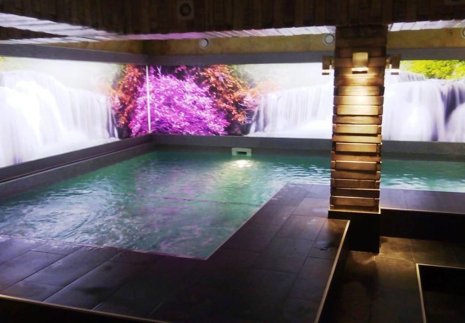 Нощувка на човек със закуска + басейн и релакс зона в РЕНОВИРАНИЯ хотел Виа Лакус, Сапарева баня!, снимка 5