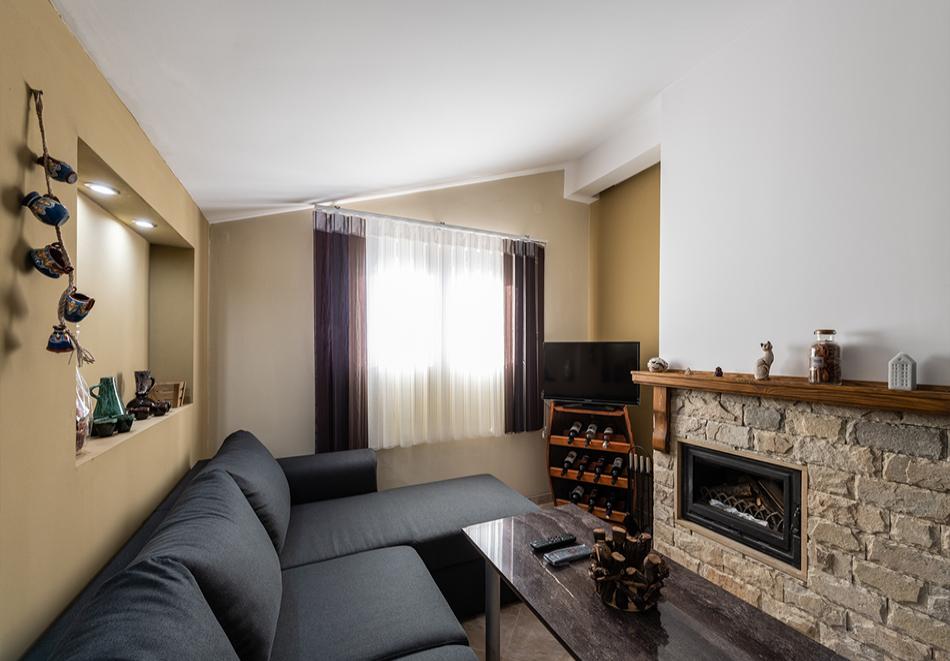 Нощувка за четирима от апартаменти за Гости Ковачева, Банско, снимка 10