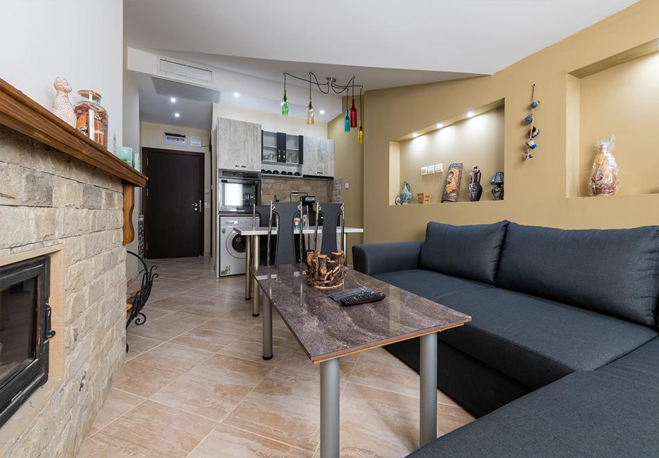 Нощувка за четирима от апартаменти за Гости Ковачева, Банско, снимка 9