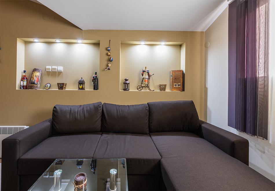 Нощувка за четирима от апартаменти за Гости Ковачева, Банско, снимка 7