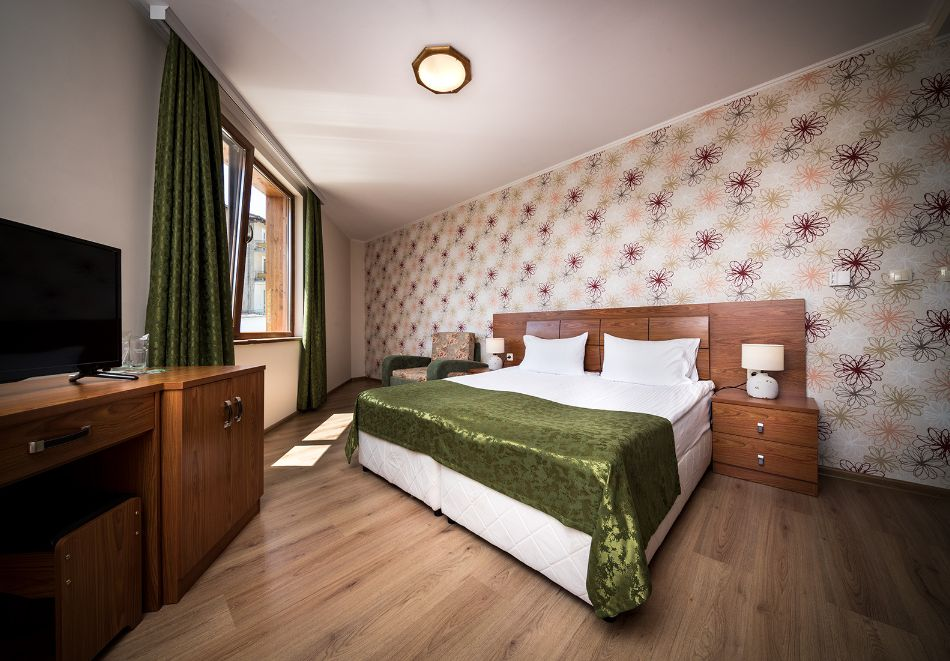 3, 4 или 5 нощувки на човек със закуски, обеди и вечери + лекарски преглед и по 3 лечебни процедури на ден в хотел Елбрус*** Велинград, снимка 10