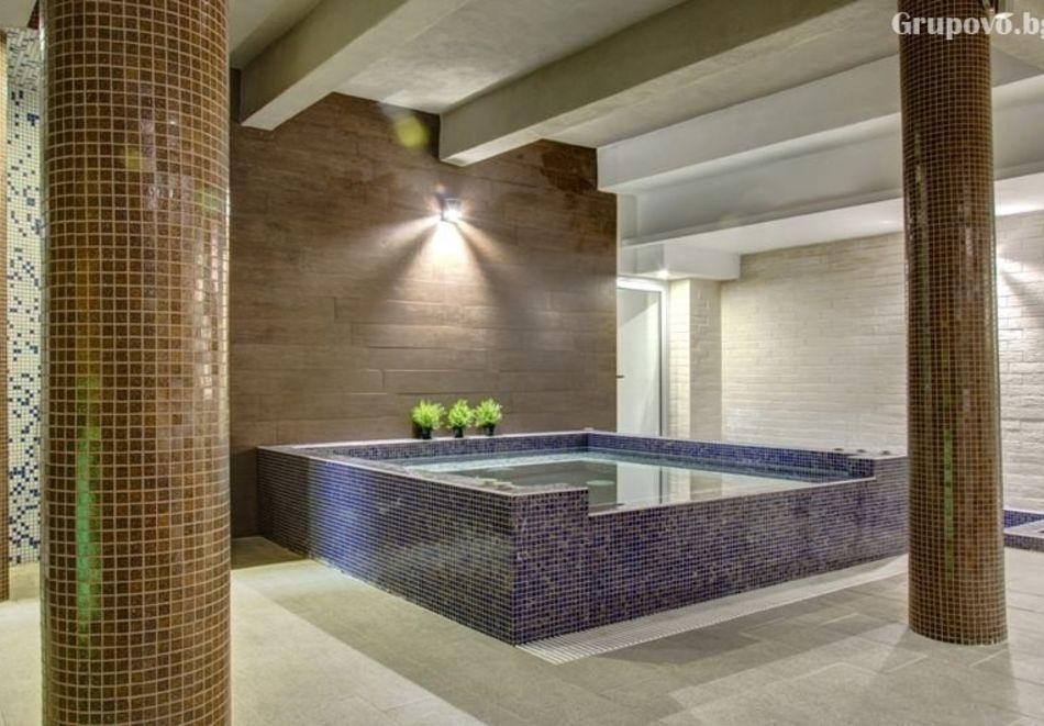 Почивка в Благоевград! Нощувка на човек със закуска и вечеря + минерален басейн и релакс пакет от хотел Монте Кристо, снимка 6