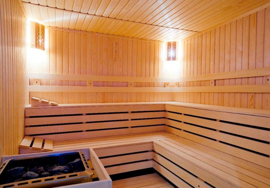 1, 3 ил 5 нощувки на човек със закуски и вечери  + вътрешен басейн с топла минерална вода от Корнелия Голф Ски & Спа, край Банско, снимка 6