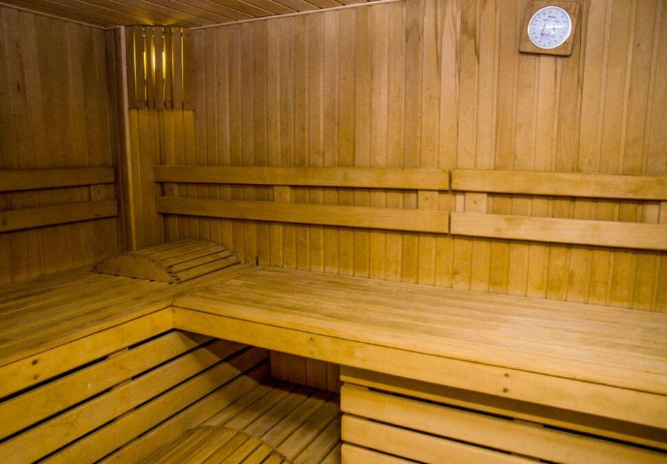 Нощувка на човек на база All Inclusive + басейн в Хавана Казино хотел & Спа****, Златни пясъци, снимка 5