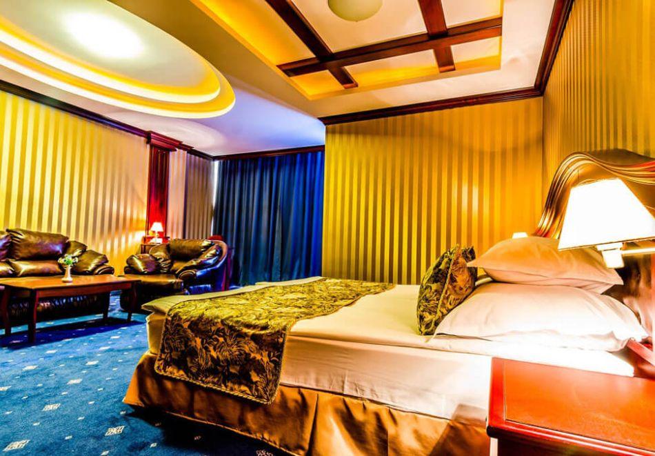 Нощувка на човек на база All Inclusive + басейн в Хавана Казино хотел & Спа****, Златни пясъци, снимка 14