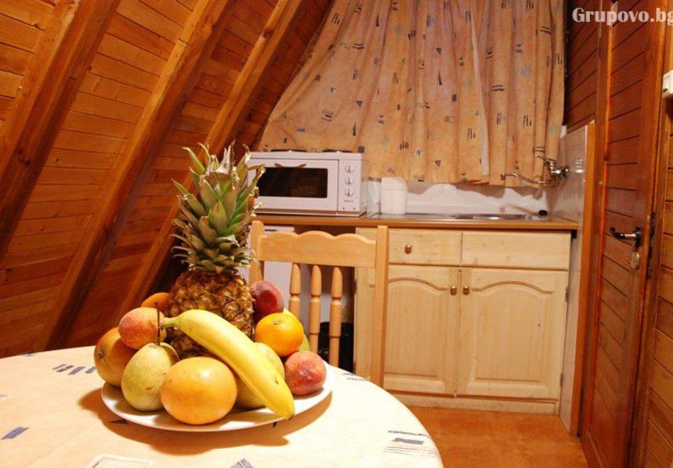 2=3 или 4=5 нощувки в напълно оборудвана къща за до 5 човека във Вилни селища Ягода и Малина, Боровец, снимка 18