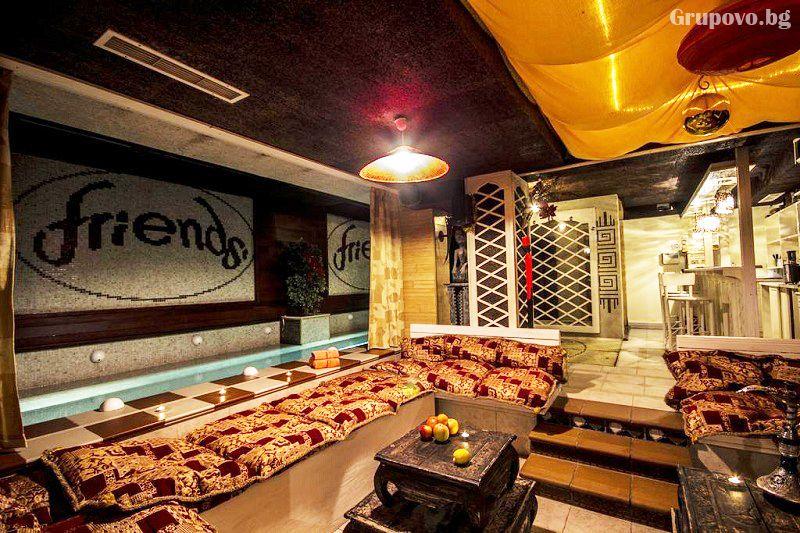 Нощувка със закуска на човек + голямо джакузи и релакс пакет в хотел Френдс, Банско, снимка 5