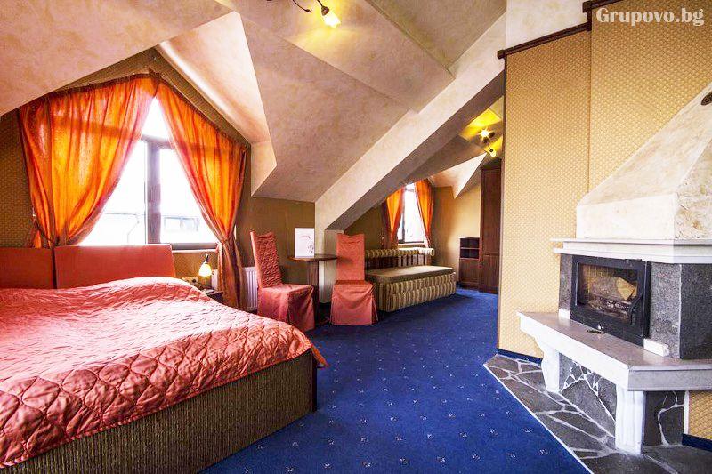 Нощувка със закуска на човек + голямо джакузи и релакс пакет в хотел Френдс, Банско, снимка 7