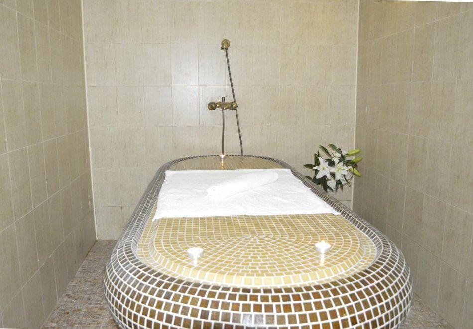 2+ нощувки за ДВАМА със закуски + релакс зона в хотел Планински Романс, Банско, снимка 8