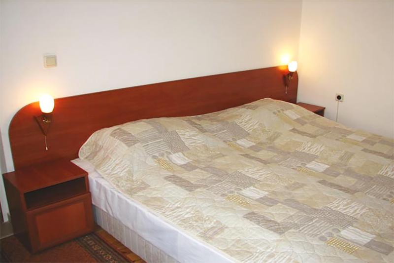 2+ нощувки на човек със закуски и вечери от семеен хотел Боянова Къща, Банско, снимка 3