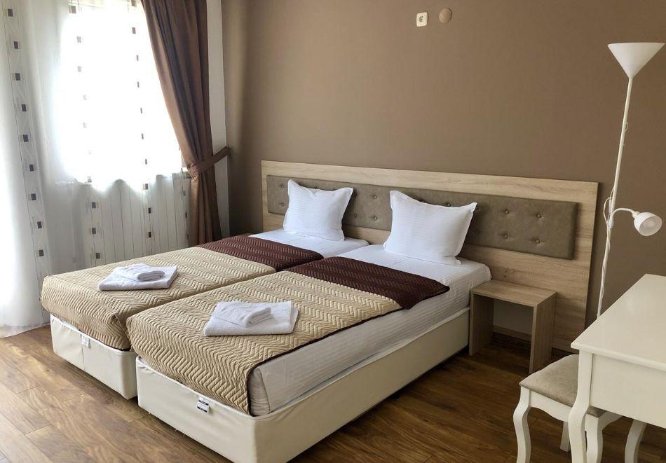 2 или 3 нощувки за двама, трима или четирима в студио от Хотел и Казино Ринг, Кюстендил, снимка 7