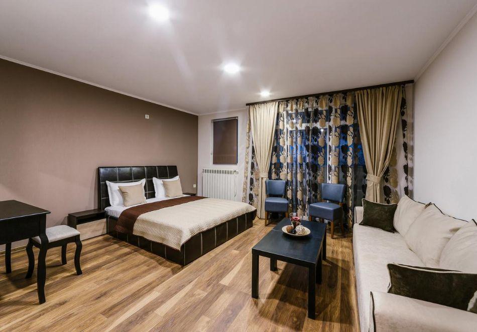 2 или 3 нощувки за двама, трима или четирима в студио от Хотел и Казино Ринг, Кюстендил, снимка 2