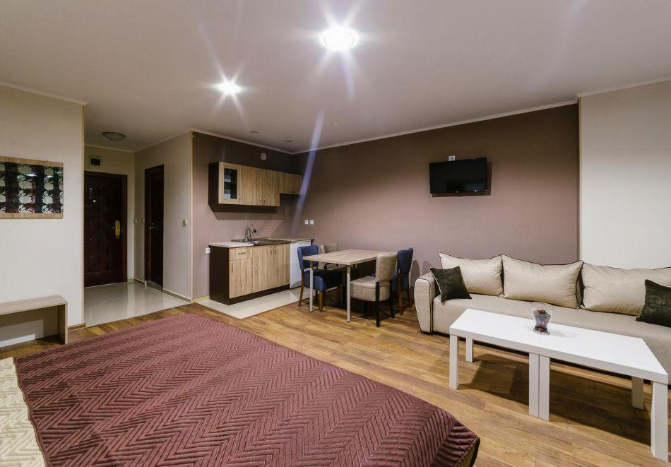 2 или 3 нощувки за двама, трима или четирима в студио от Хотел и Казино Ринг, Кюстендил, снимка 4