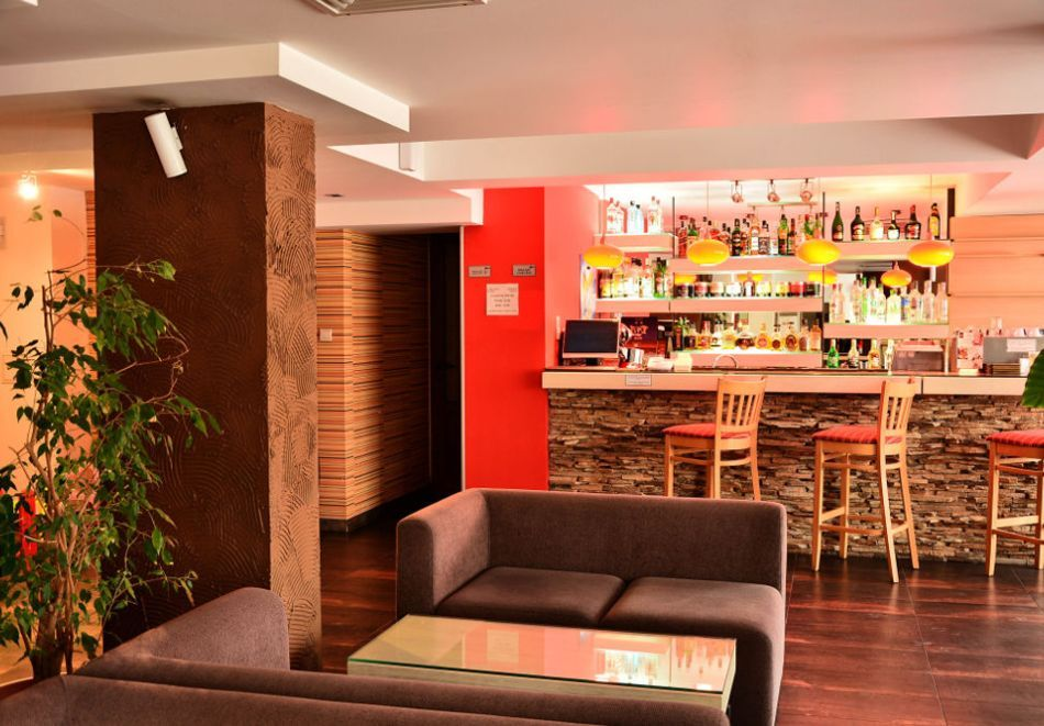 2+ нощувки на човек със закуски и вечери + релакс зона в хотел Олимп***, Банско, снимка 16