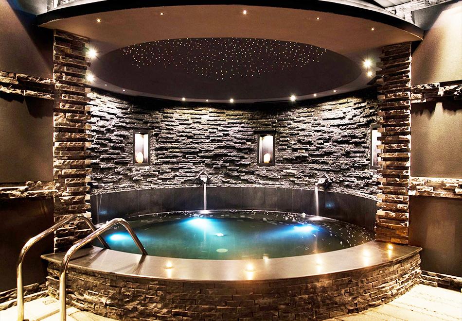 Гергьовден в Елените! 2 или 3=4 нощувки на човек на база Ultra Аll Inclusive + вътрешен и външен басейн от хотел Роял Касъл, снимка 14