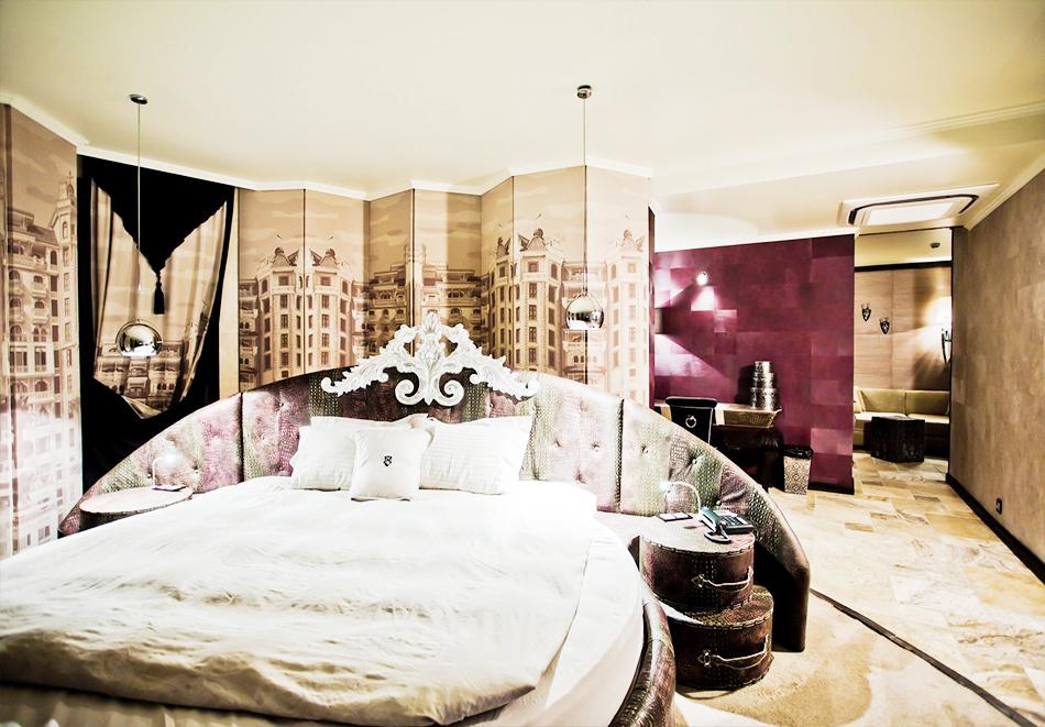 Гергьовден в Елените! 2 или 3=4 нощувки на човек на база Ultra Аll Inclusive + вътрешен и външен басейн от хотел Роял Касъл, снимка 21
