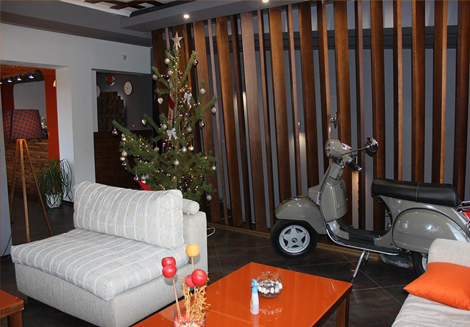 Нощувка на човек със закуска + сауна и джакузи от хотел Северна Звезда, Банско, снимка 9