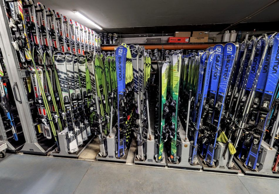 Сервиз на собствено ски или сноуборд оборудване от магазин Травентурия, Банско, снимка 3