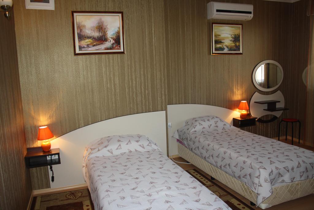 Нощувка на човек със закуска в хотел Марая, Арбанаси, снимка 9