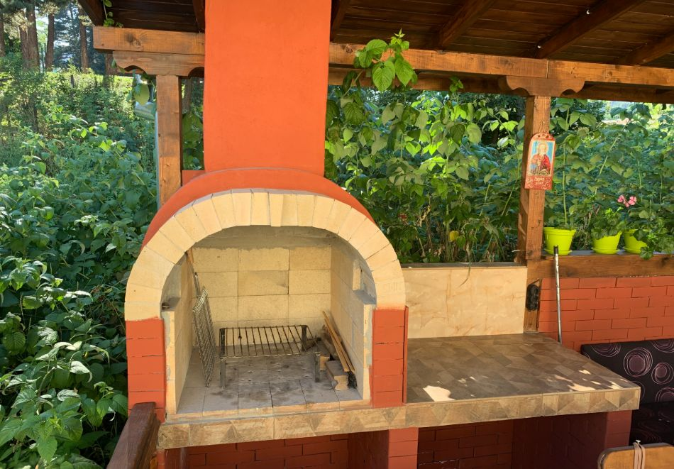 Нощувка за до шестима в къща за гости Малините, Чепеларе!, снимка 18