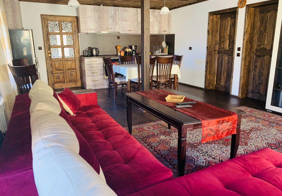 Нощувка за до шестима в къща за гости Малините, Чепеларе!, снимка 6