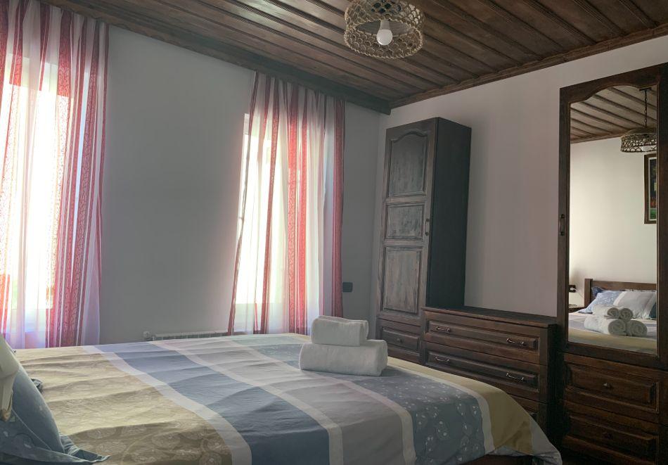 Нощувка за до шестима в къща за гости Малините, Чепеларе!, снимка 5