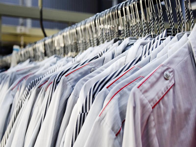 Химическо чистене и гладене на дрехи на стойност 38 лв. с ваучер само за 15лв. от Аква Прес, снимка 3