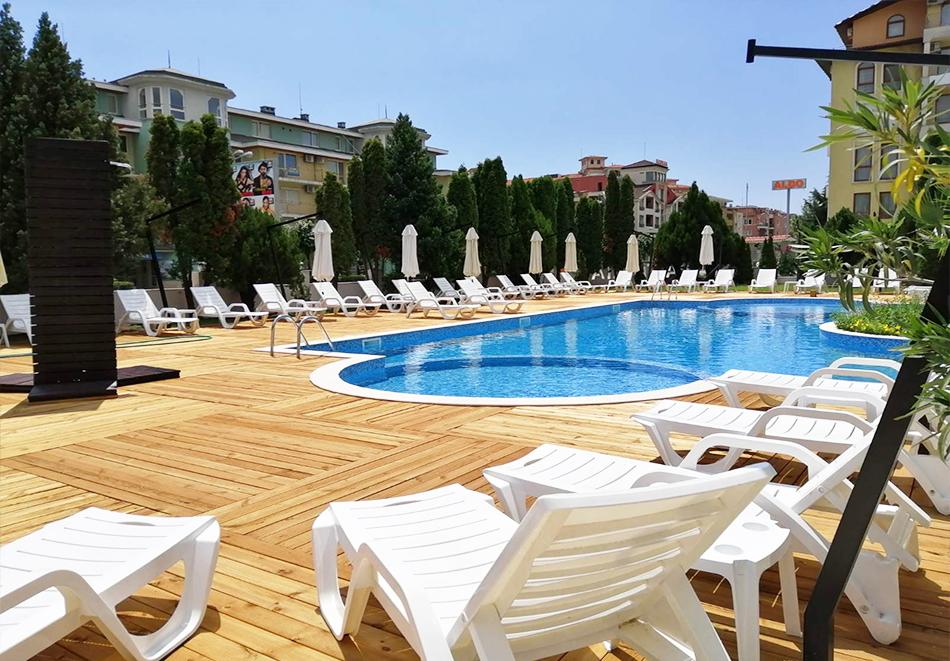 Лято 2021 в Слънчев Бряг! Нощувка на човек на база All inclusive + басейн в РЕНОВИРАНИЯ хотел Пауталия, снимка 6