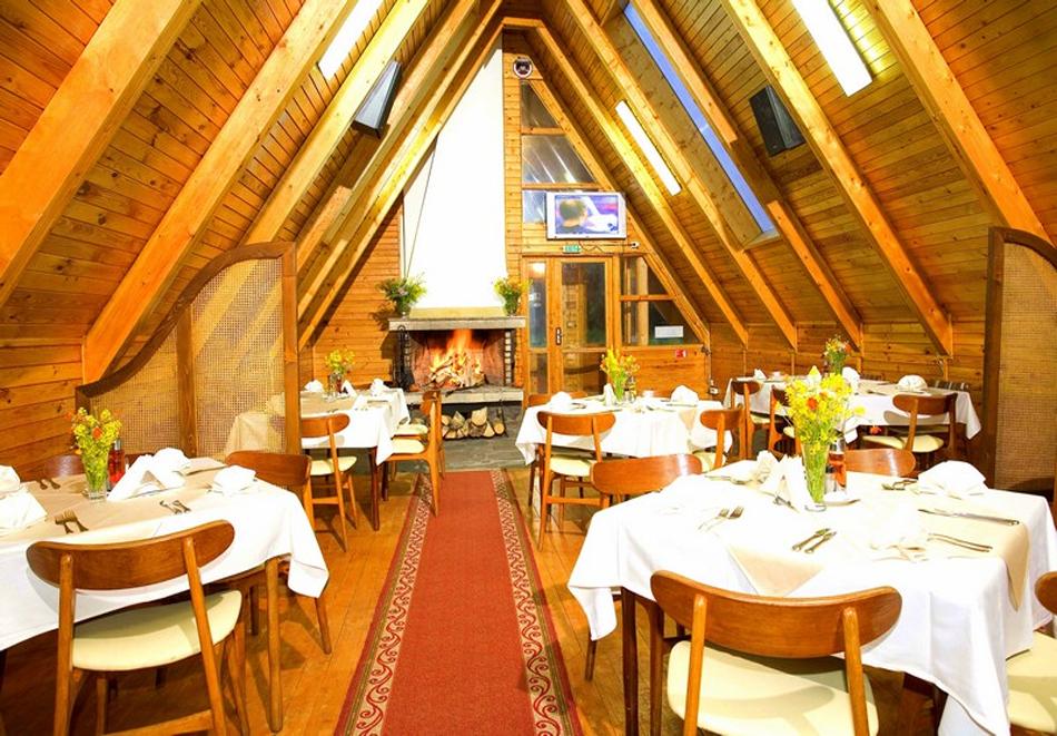 Нощувка за двама или четирима със закуска и вечеря от вилно селище Малина***, Пампорово, снимка 13