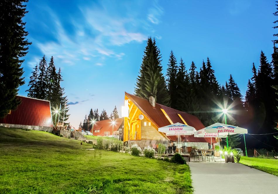 Нощувка за двама или четирима със закуска и вечеря от вилно селище Малина***, Пампорово, снимка 12