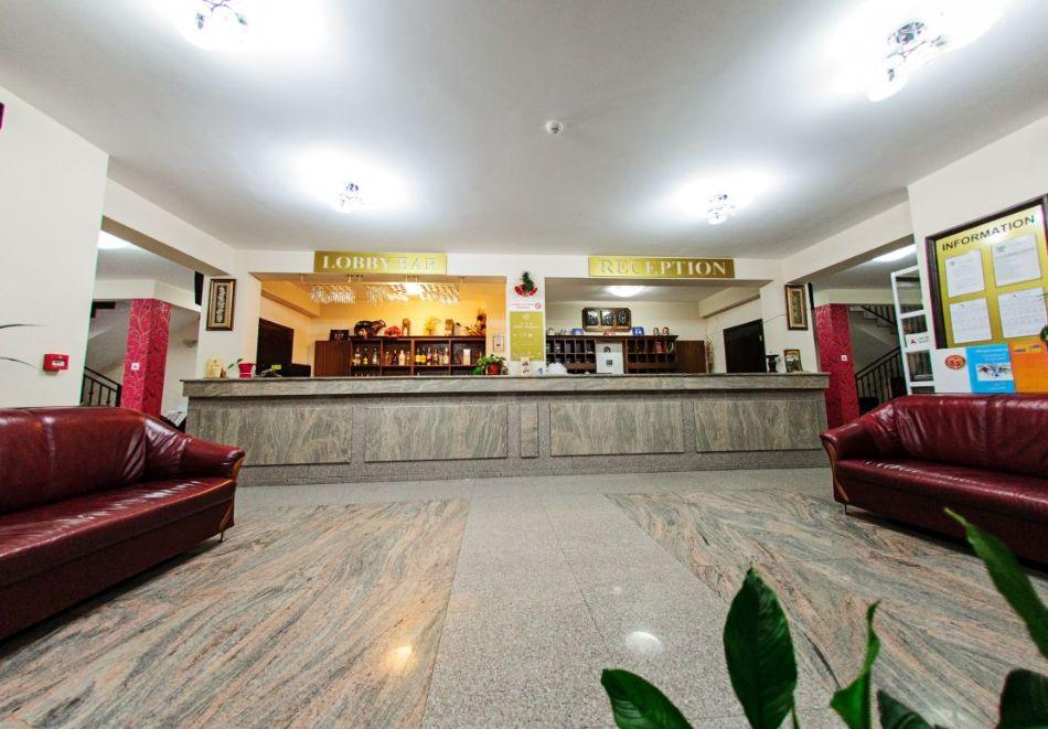 Нощувка на човек + релакс зона в хотел Думанов, Банско. Възможност за изхранване на място!, снимка 4